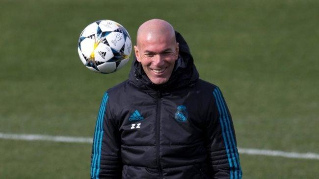 Juventus dikabarkan ingin menunjuk eks pelatih El Real, Zinedine Zidane sebagai pelatih baru dimusim yang akan datang