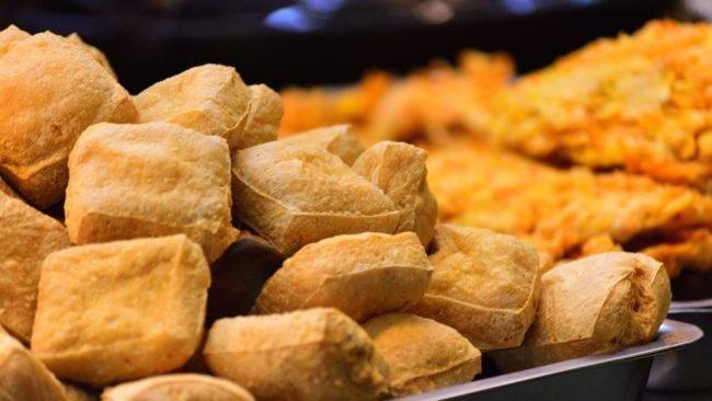 Gorengan bisa menjadi salah satu makanan favorite sekaligus juga bisa menjadi makanan jahat serta sangat berbahaya untuk tubuh