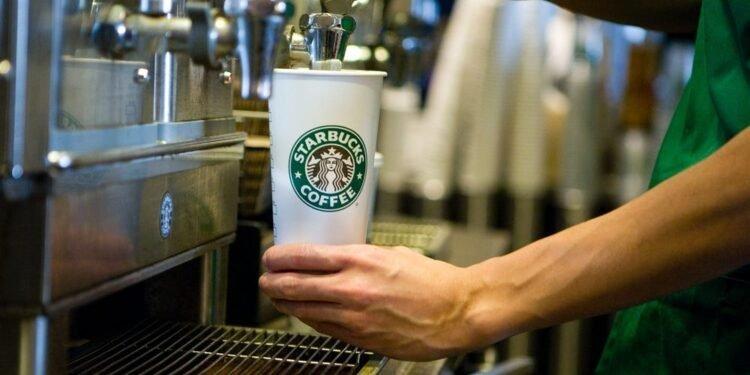 Starbucks Tetap Laku Walaupun Mahal